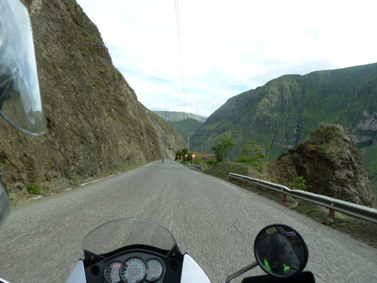 road moto colombia