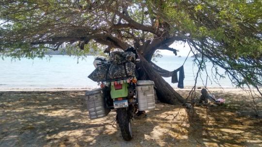 viajen en moto en solitario